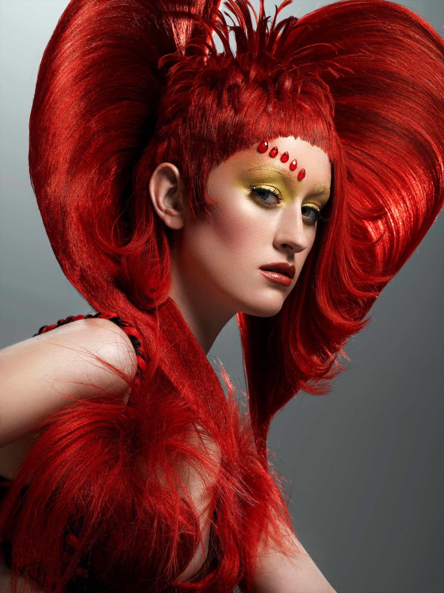 Какие технологии наращивания волос существуют?